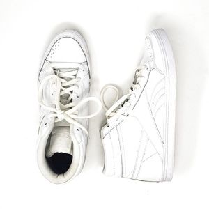 Reebok   White Classic High Top Sneakers Womens 10